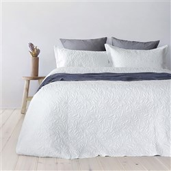 Bambury Botanica White Coverlet Set Single/Double