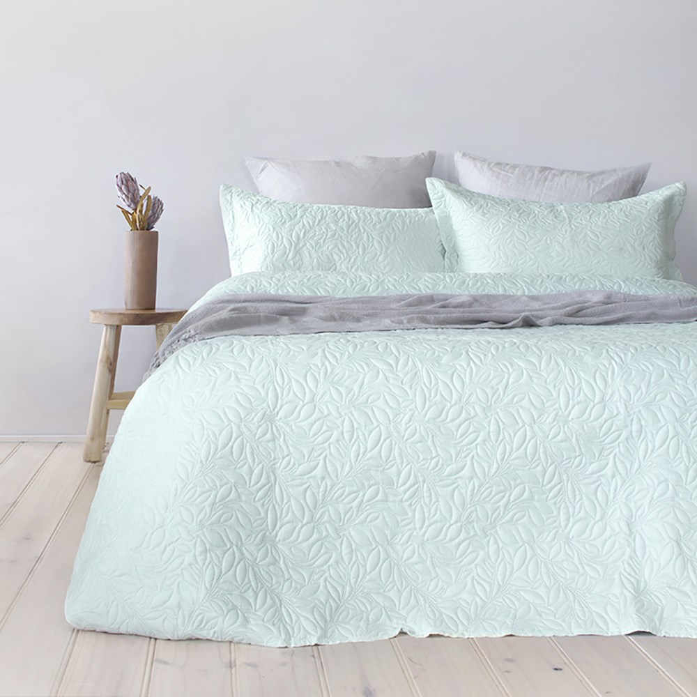 Bambury Botanica Glacier Coverlet Set Single/Double