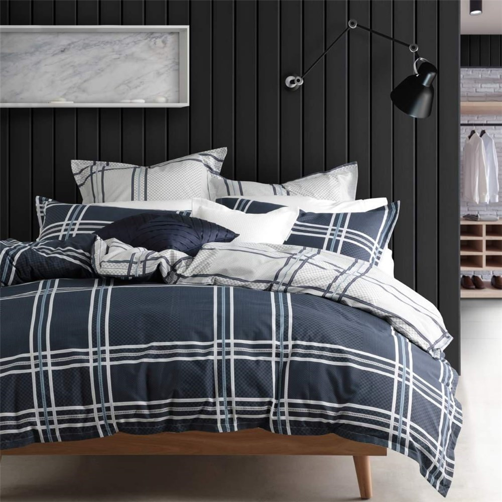 Logan & Mason Charlie Navy Quilt Cover Set Queen Bed
