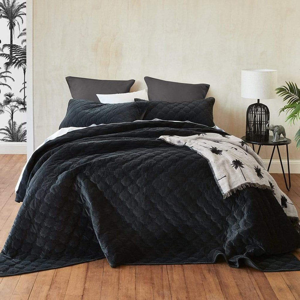 MyHouse Cobi Coverlet Set King Bed