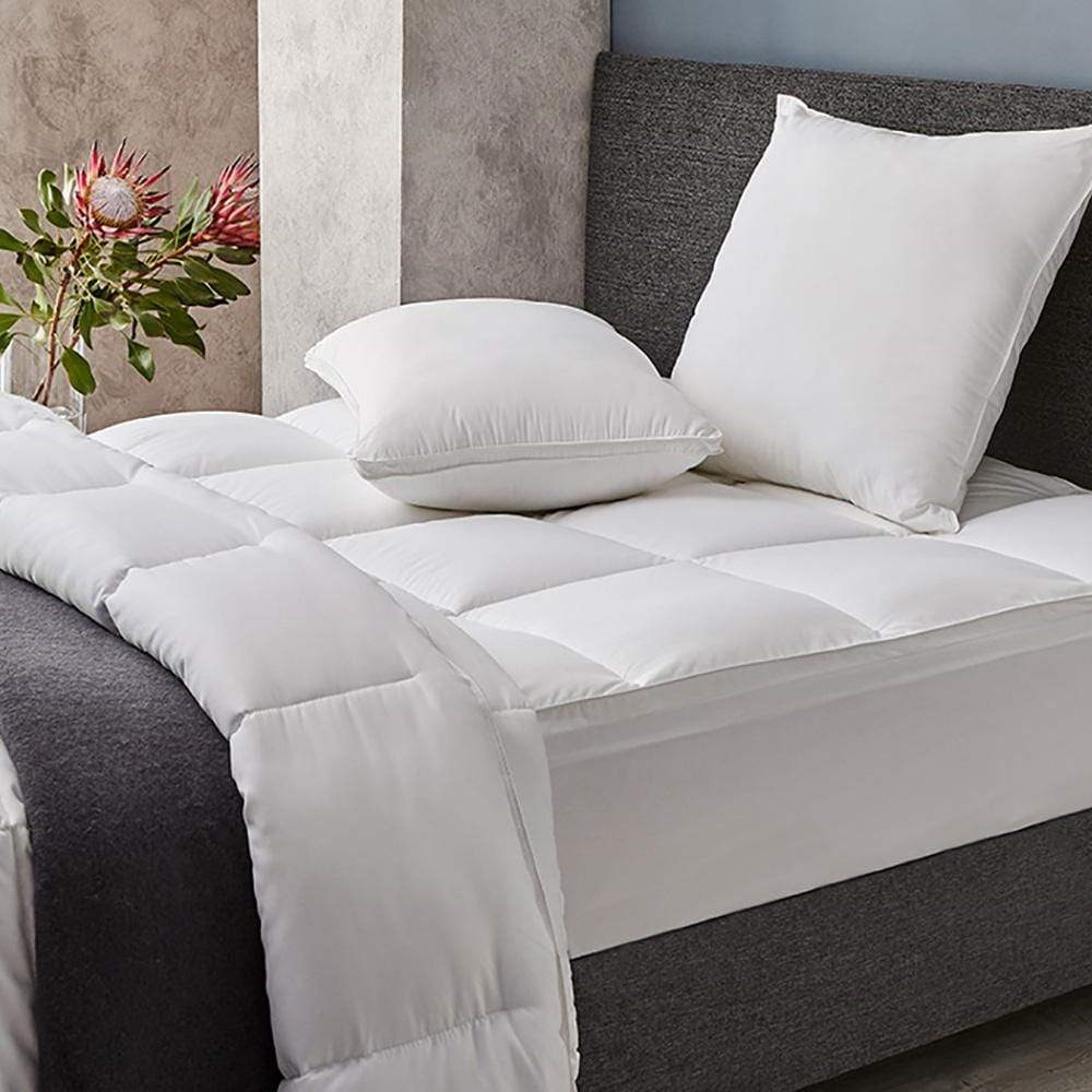 MyHouse Hotel Collection Quilt Super King