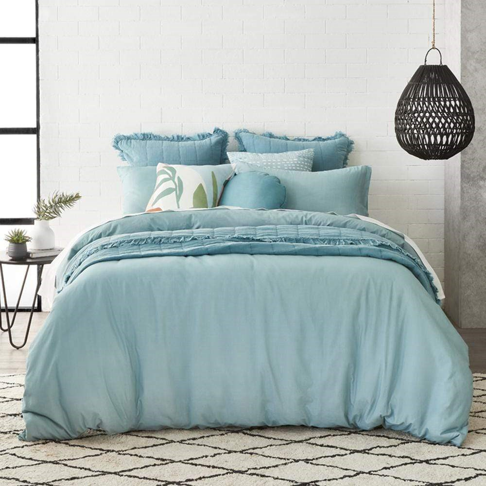 Alex Liddy Edit Stone Wash Quilt Cover Queen Chambray