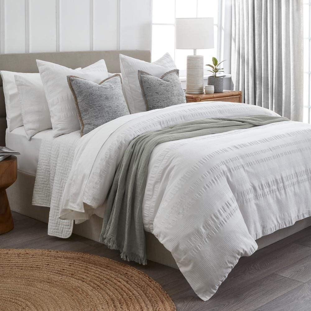 Home Beautiful Calla Quilt Cover Set King